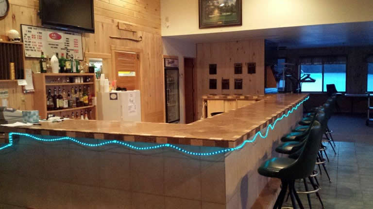 northern_pines_event_center_service_bar
